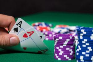 Par de Áses no Poker
